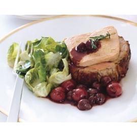 Köményes sertéssült libamáj szelettel, meggy raguval